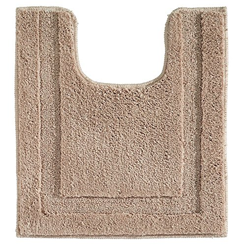 InterDesign Spa Microfiber Contour Bath Rug, Non-Slip Toilet Mat for Master, Guest, Kid's Bathroom, 23″ x 21″, Beige