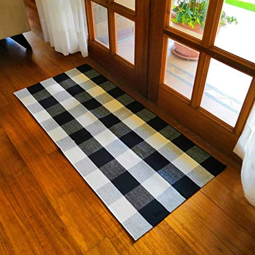 Cotton Buffalo Plaid Rugs Black and White Checkered Rug Welcome Door Mat 23.6″x51.2″ Rug for Kitchen Carpet Bathroom Outdoor Porch Laundry Living Room Braided Throw Mat Washable Woven Buffalo Check