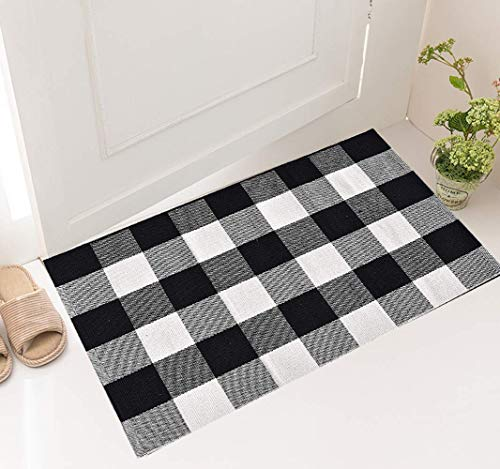 """Cotton Buffalo Plaid Rug,Hand-Woven Checkered Washable Doormat for Front Porch/Kitchen/Farmhouse/Bedroom,Black/White 17.7""""x 27.5″"""